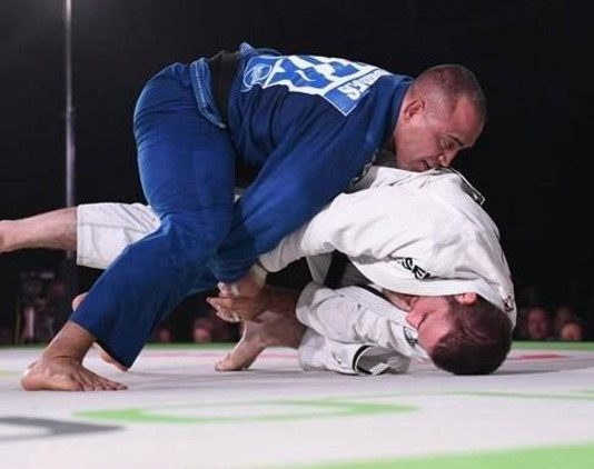 Yuri simoes vs travis stevens takedown breakdown