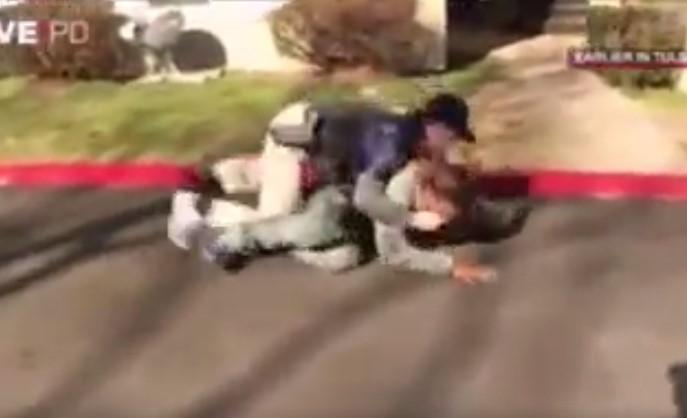 suspect goes for gun but jiu jitsu saves lives