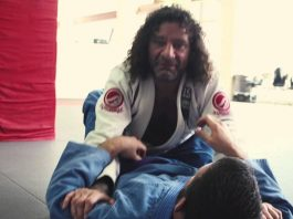 If you come up against someone with a good closed guard, you're going to have to stand up to pass. Awesome details here from Kurt Osiander