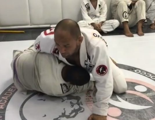 Half Guard Counter Pass to Triangle - Cyborg