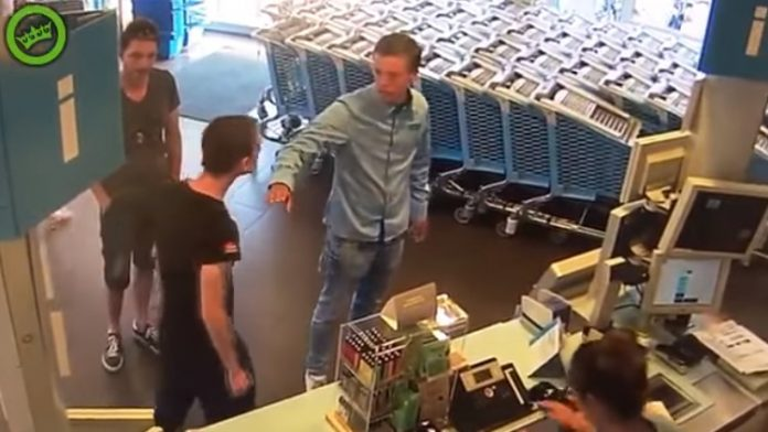 Guy Subdues a Bully at Supermarket