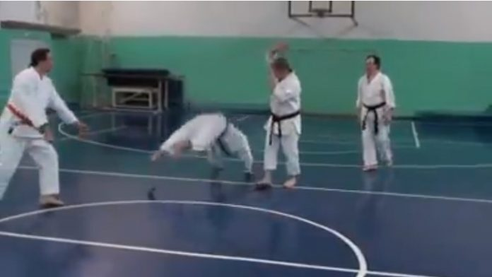 The Worst Fake Martial Arts Demonstration Ever