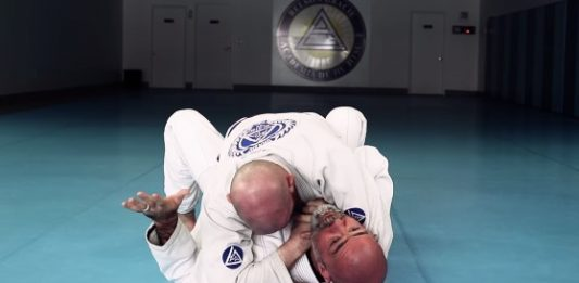 How to Defend Ezekiel Choke with a Wrist Lock