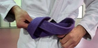 How to tie a Jiu Jitsu belt