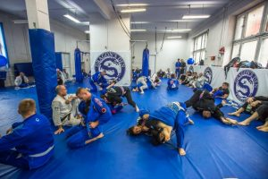 dragonsden26102014 55 668x445 300x200 - How to Get The Most Out Of a BJJ Open Mat With These Strategies