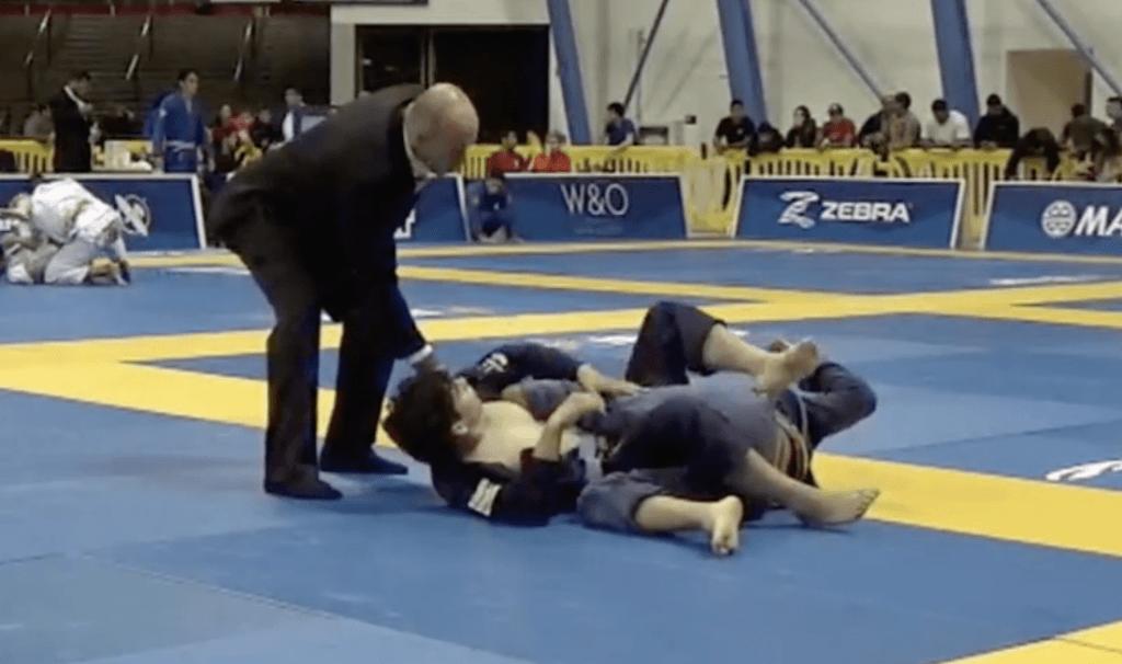 kneebar dq 1024x606 - Stop Blaming Your Defeats On The Jiu-Jitsu Referee
