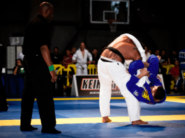 How to Defeat Bigger Opponents In BJJ