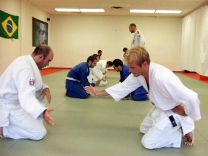 bjj white belts - BJJ White Belt Survival Kit: 5 Essential Tips For Beginners