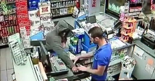 Gas Station Clerk Knocks Out and Subdues a Robber With A Guillotine Choke