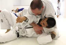 Shoud Beginners Do Live BJJ Sparring?