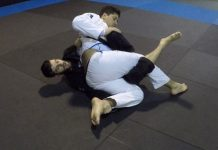 BJJ Guard Pass Hip Switch