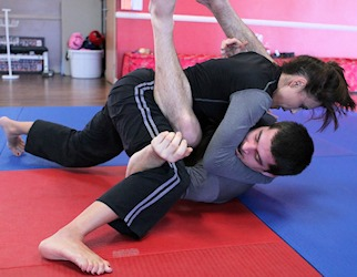 guygirl2 - Jiu-Jitsu Rolls: Training With The Opposite Sex