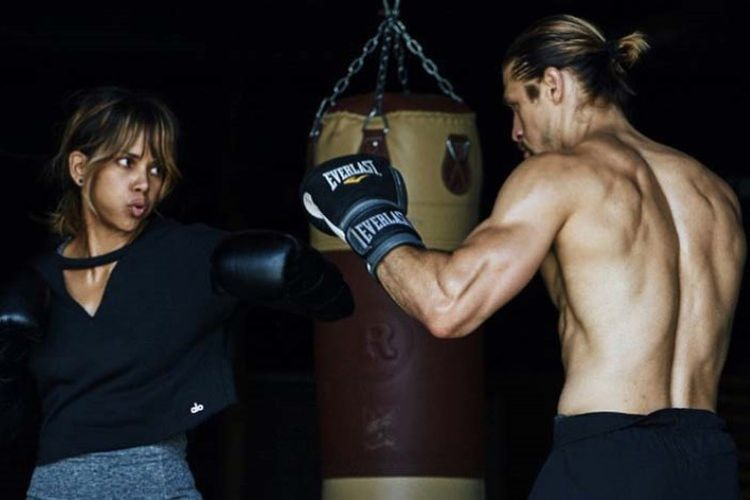 Oscar winner training Jiu-Jitsu for new Halle berry MMA Movie