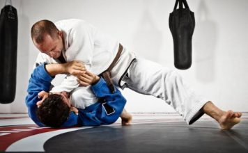 "BJJ Rolling"" How to Learn From Lower belts"