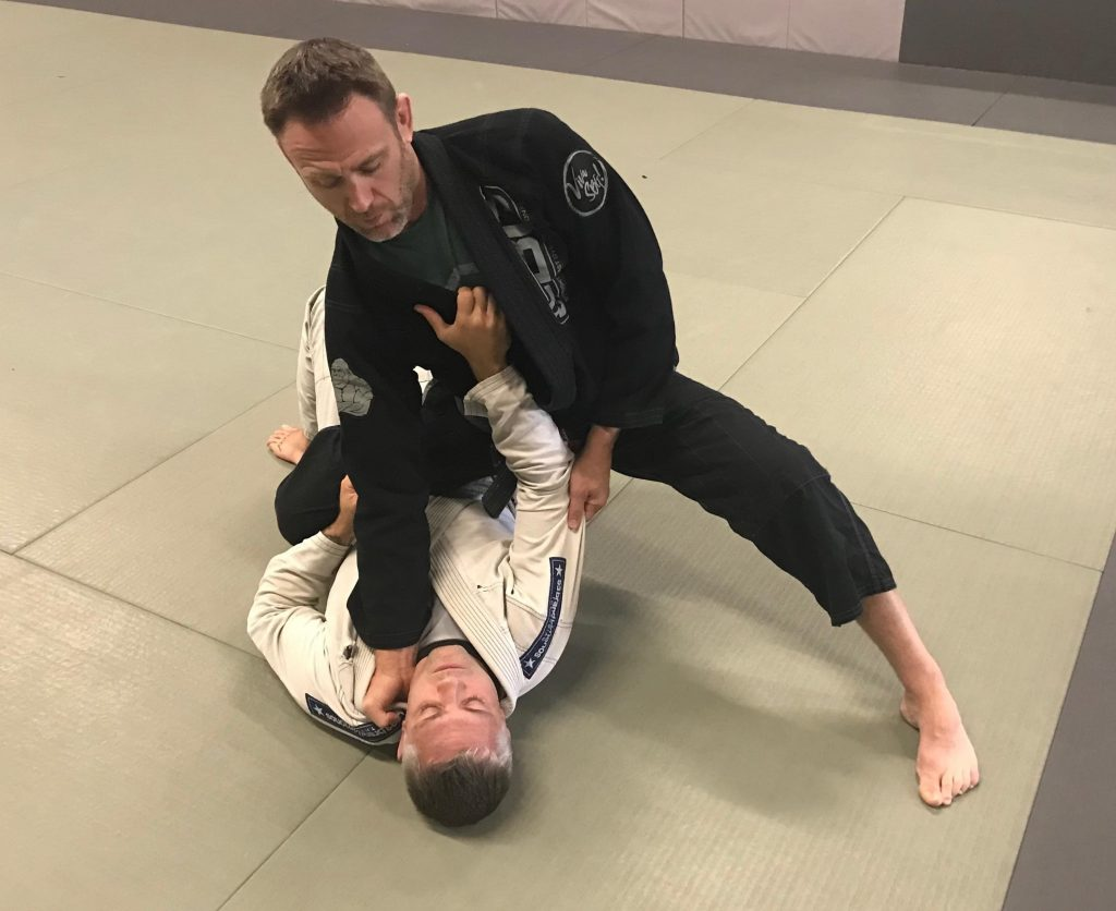 Knee Ride Image 1024x836 - Stephen Whittier BJJ DVD Review: Knee On Belly Domination