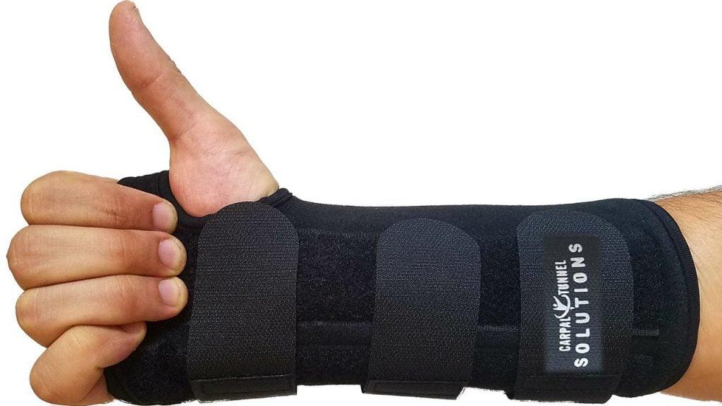 71 7ec6TmLL. SL1280  1024x576 - Best MMA Wrist Braces 2020 Guide With Reviews