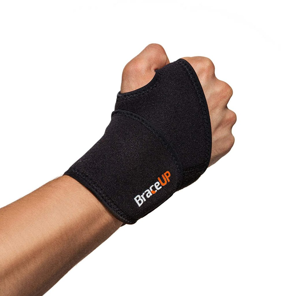 910ZkHTo43L. SL1500  1024x1024 - Best MMA Wrist Braces 2019 Guide With Reviews