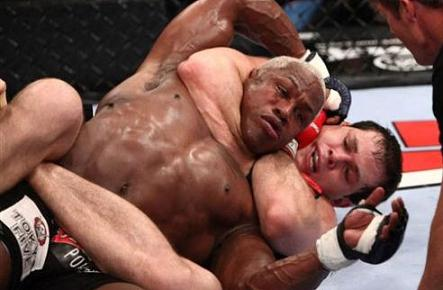 roger gracie x Kevin Randleman 1 - BJJ CTE Research: Can Chokes Cause Brain Trauma?