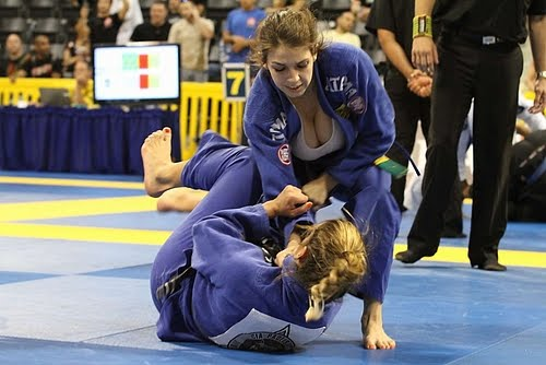 Women's BJJ Issues - Does Breast Size matter?