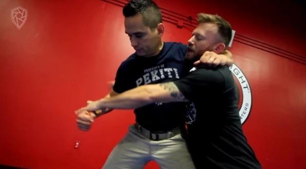 ELi Knight JIu JItsu Based Self defense Solutions 2 - Jiu-Jitsu Based Self-Defense Solutions - Eli Knight DVD