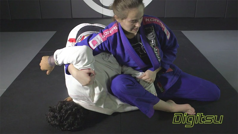 "dominyka domoplata 1 - Dominyka Obelenyte ""Spider Variations And Domoplata"" DVD Review"