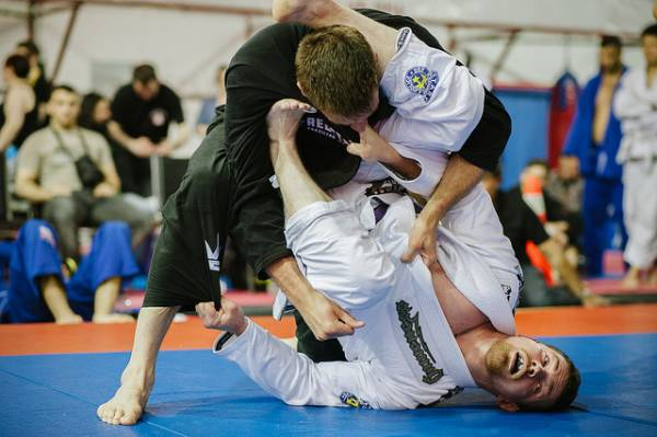 BJJ Guard Passing - Where You Go Wrong And Hoe To Fix It