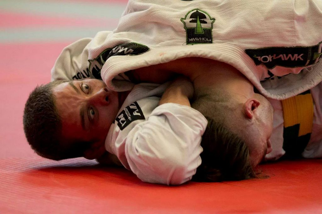 shoulder of justice 1024x683 - Advanced BJJ – Becoming Comfortable With Discomfort