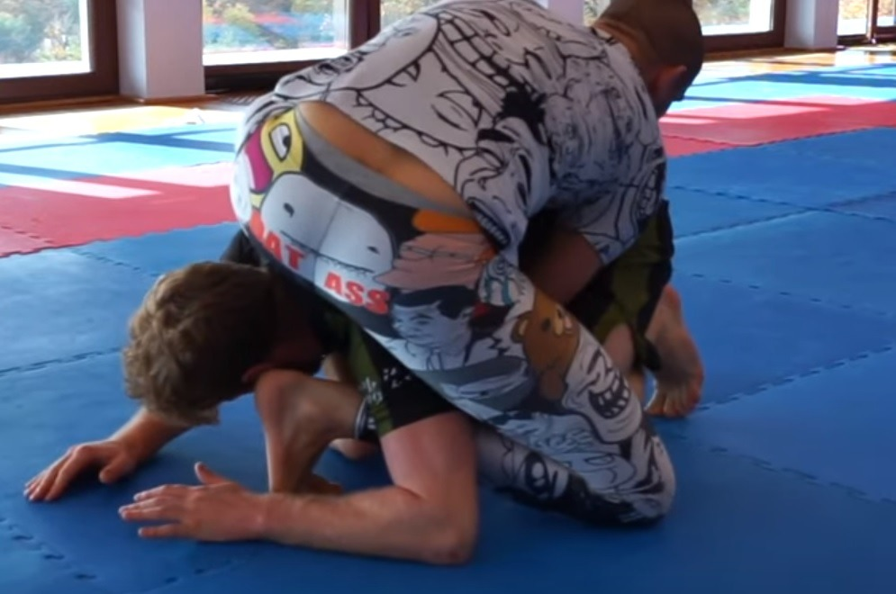 reagege - Enter The Inverted Backmount - The Next Big Thing In BJJ
