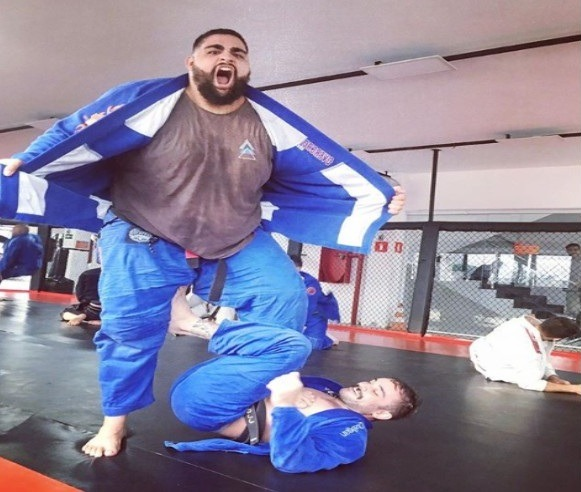 big 1 - How To Roll With The BJJ New Guy