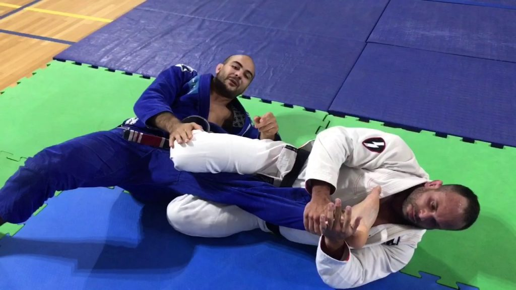 from closed guard to kneebar by eduardo montandon 1024x576 - Highest Percentage Grappling Submissions For Competitors