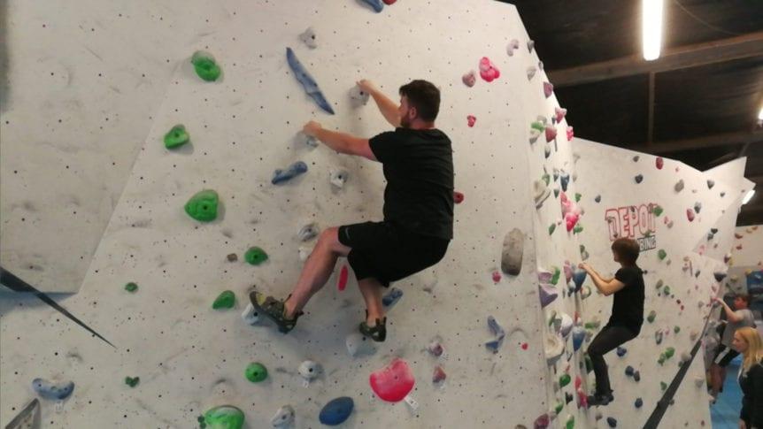 beginnerclimbing1 862x485 1 - Things To Do After a Brazilian Jiu-Jitsu Class