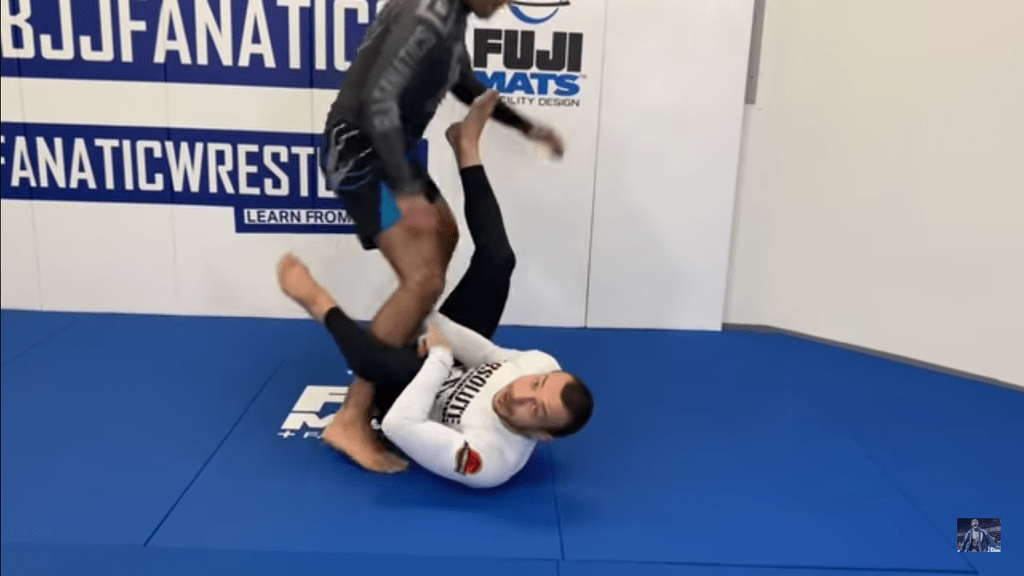 Screenshot 2019 10 11 at 9.06.18 AM 1024x1024 - Lachlan Giles DVD Review: Fundamentals Of BJJ Escapes Gi And No-Gi