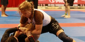USe BJJ No-Gi Grips When Rolling With Gi