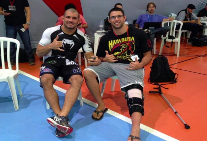 buchecha knee injury 1 - BJJ Safety: Helping Injured Students On The Mats