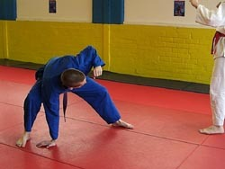 gyjdty - Unsweepable: The Ultimate BJJ Defense Against Sweeps