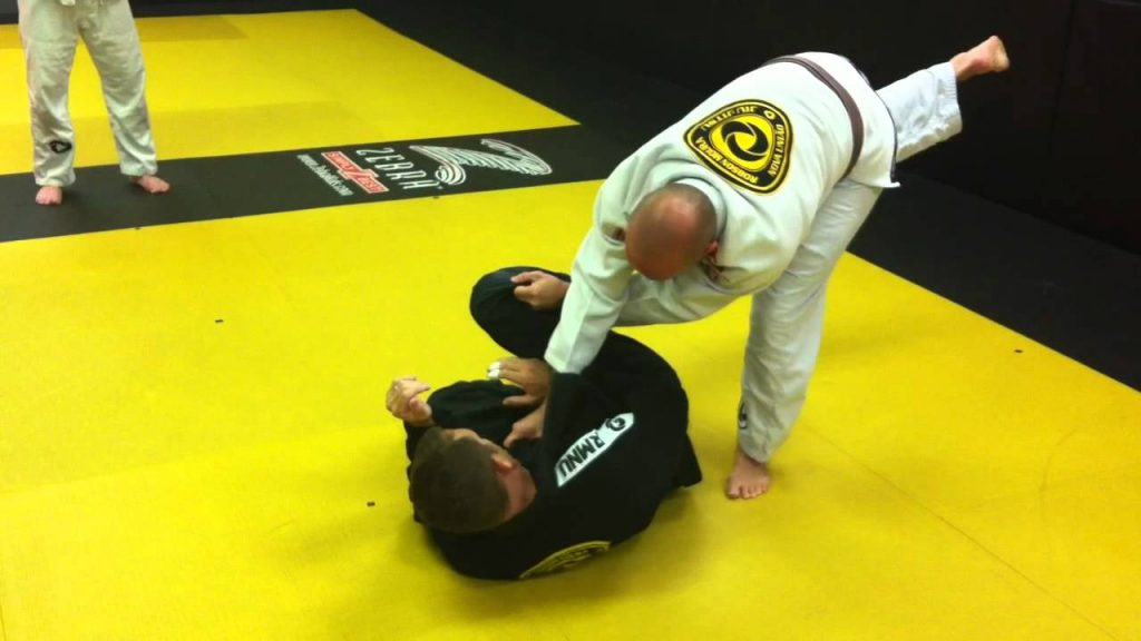 maxresdefault 1024x576 - The BJJ X Pass – Loose Guard Passing At Its Best