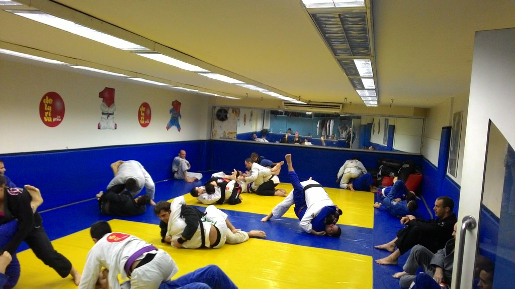 p 20150717 172112 1024x1024 - How To Be Safe In BJJ During Hard Rolls On Open Mats