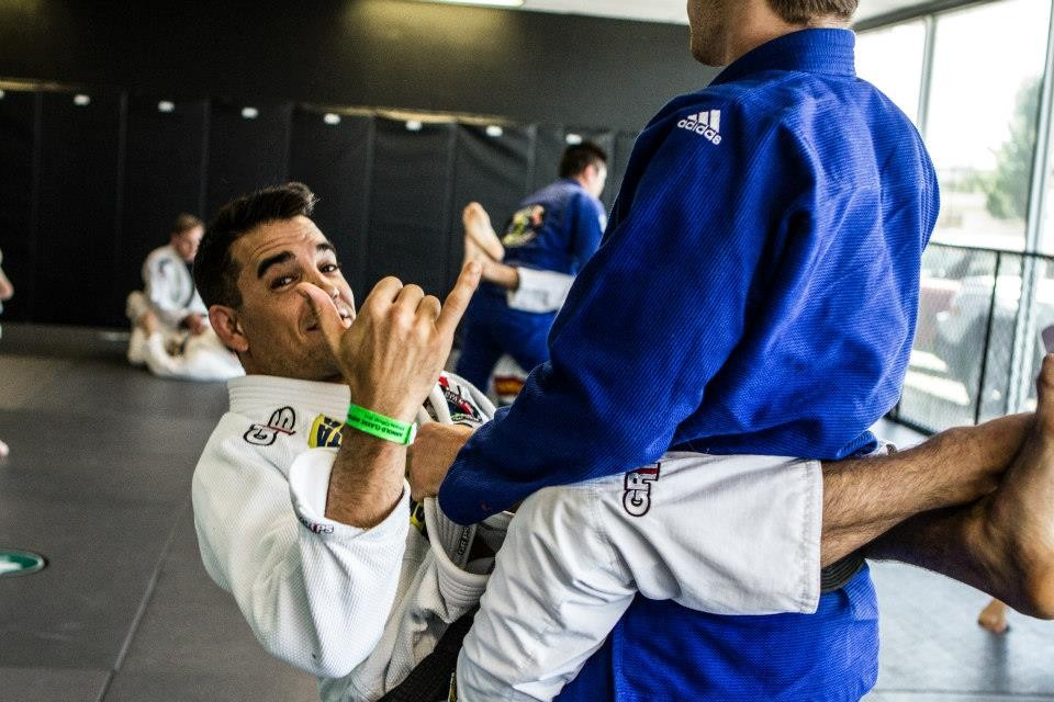 4ef5b5 b4f7bd90681b462889bb35a4cb7080f0 - Jiu-Jitsu Is For Everyone – Sounds Great, But Is It True?