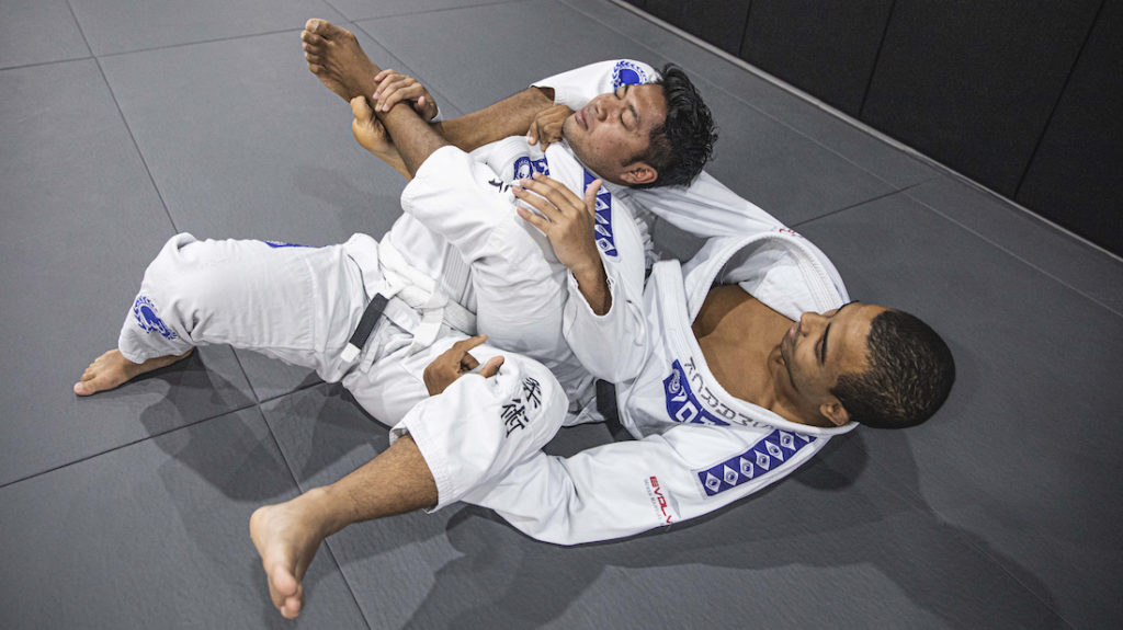 bjj bow and arrow choke 1024x575 1 - Different Ways In Which You Can Finish A Jiu-Jitsu Choke