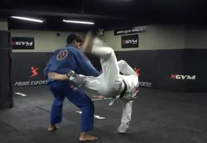 flying omoplata - Low Percentage Grappling Moves Worth Exploring