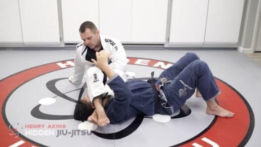 img05 - Henry Akins DVD Review: Ultimate Armlock Escapes