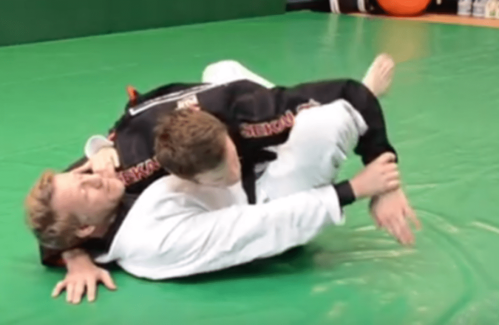 9 ways to escape side control 1024x666 - Escaping Side Control Like A Boss With A Surprise Armlock