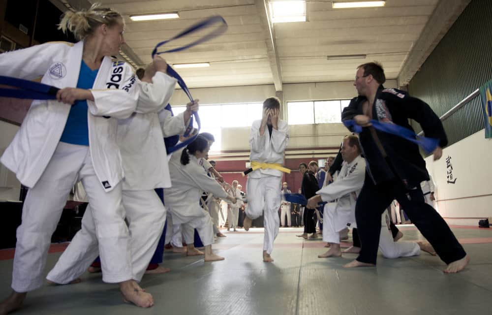 Choke grad 2011 55 - The 6 Dumbest Ways To Get BJJ Injuries