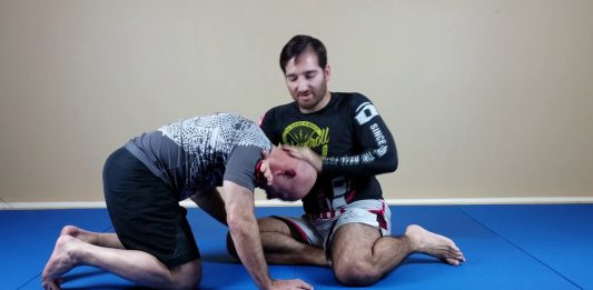 BJJ Control With The Chin Strap Grip