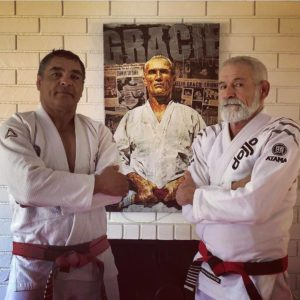 34535240 10155849056854094 3271499395639541760 o 300x300 - Gracie Challenges And Old School BJJ With Master Fabio Santos