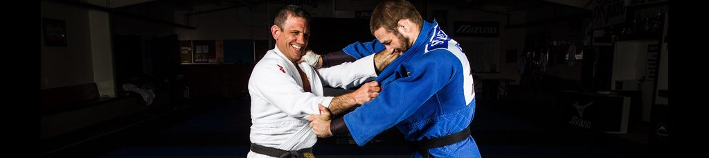 Breaking down a stiff arm 1024x1024 - The Curious Case Of The BJJ Stiff Arm Concept