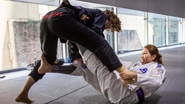 Pass Guard BJJ - 14 Biggest Mistakes in Brazilian Jiu-Jitsu