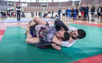 Blood vs Air Jiu Jitsu Chokes: Which Are Better?